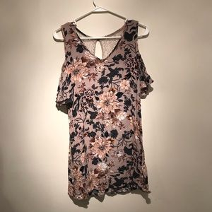 Dresses & Skirts - Floral & lace sundress